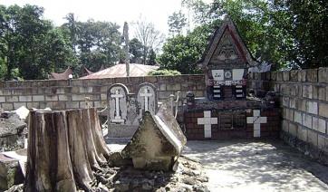 dost-sarkofag_korolya_sidabutar